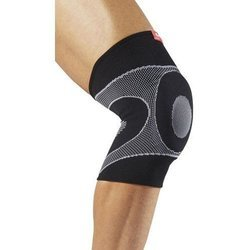 McDavid 4-Way Elastic Knee Sleeve w/ Gel buttress