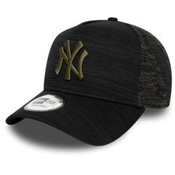 New York Yankees Engineered Fit Black Trucker Cap - 12134778